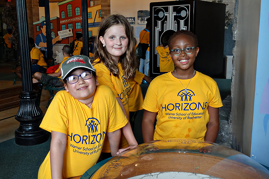 Horizons students on field trip