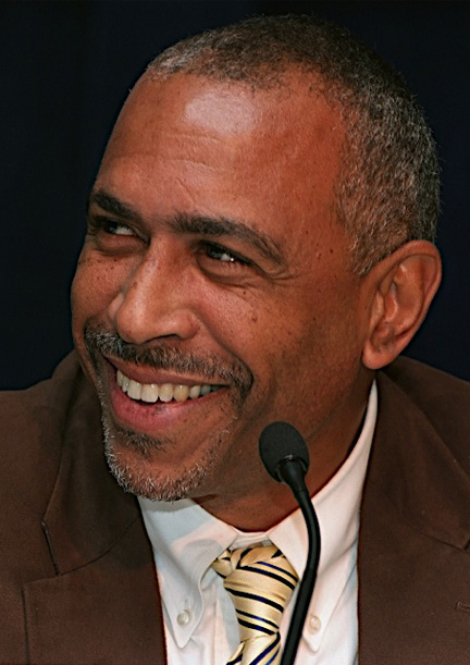 Pedro Noguera headshot photo