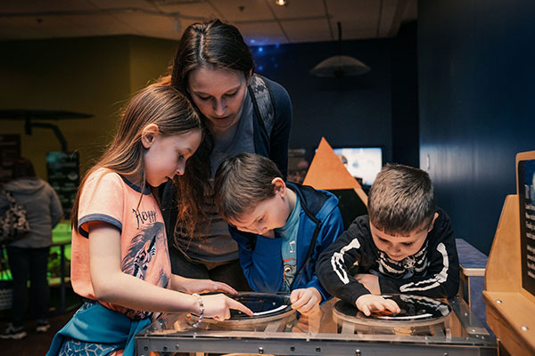 Kids at the Rochester Science Museum Center